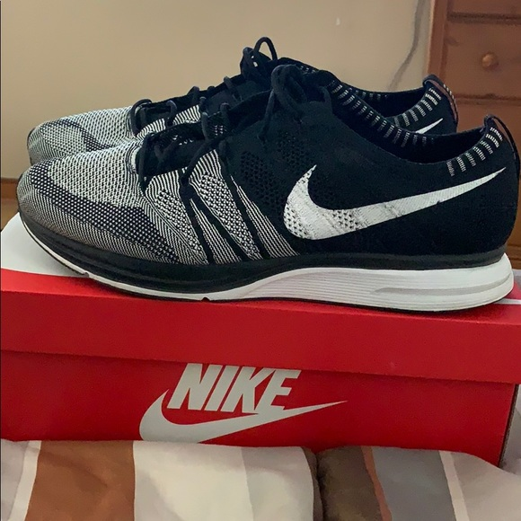 Nike Shoes | 2018 Flyknit Trainer